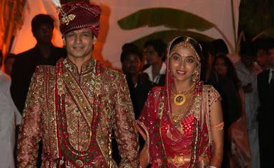 Vivek Oberoi dan Priyanka Alva