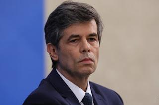 http://vnoticia.com.br/noticia/4550-ministro-da-saude-nelson-teich-pede-demissao-antes-de-completar-um-mes-no-cargo