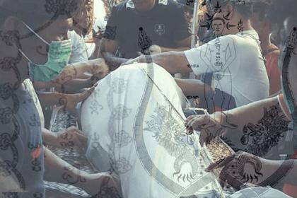 """Kajang"" (Kain Penutup Jenasah) Hindu Bali"