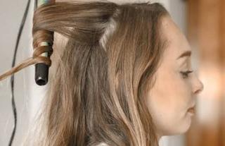 Rambut Keriting: Lima Tips untuk Tresses Cantik