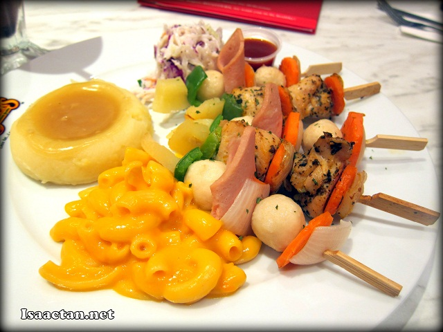 Fun-5-Stix Meal instead at RM18.50++ which includes 3 side dishes and a Kenny's Home Made muffin.