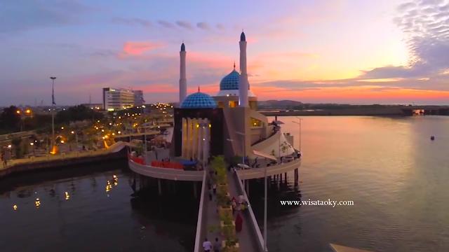 Pantai Losari Wisata Kota Makassar dan Fasilitas yang Disediakan