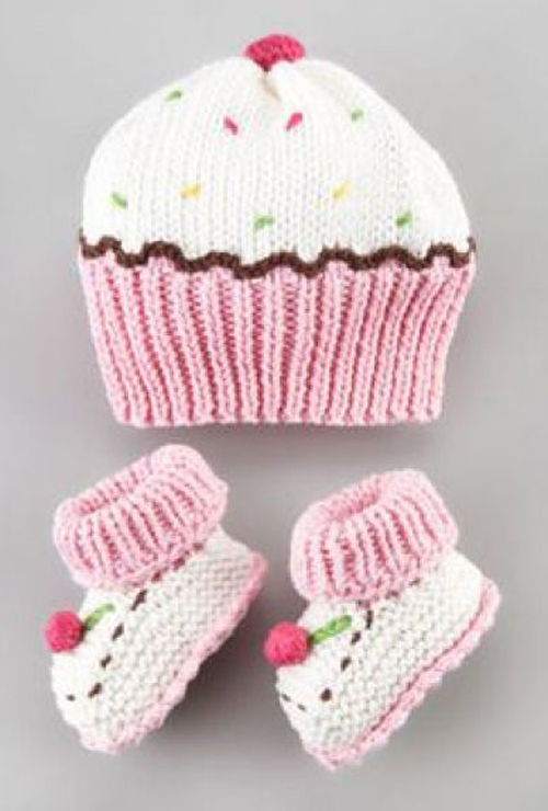 Cupcake Hat & Bootie Set