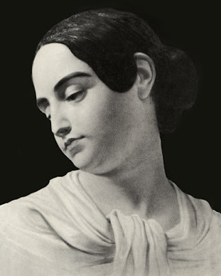 Edgar Allan Poe, Biografia de Poe, Obras de Edgar Allan Poe, História de Edgar Allan Poe, Literatura, Movimento Gótico, Virginia Eliza Clem Poe, prima de Edgar Poe, Esposa de Edgar Allan Poe