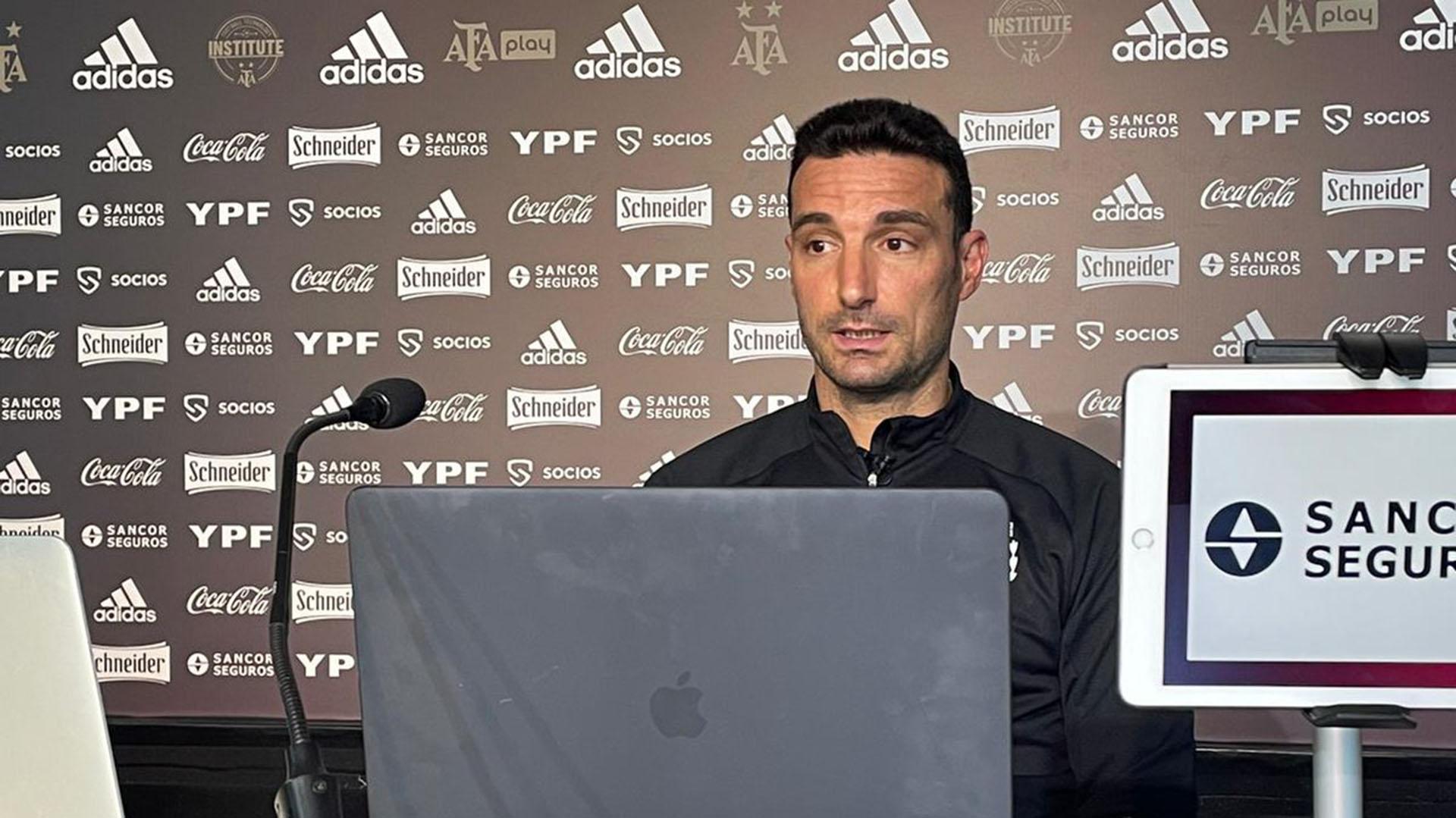 Scaloni no confirmó el equipo para enfrentar a Uruguay y habló sobre la falta de efectividad del equipo