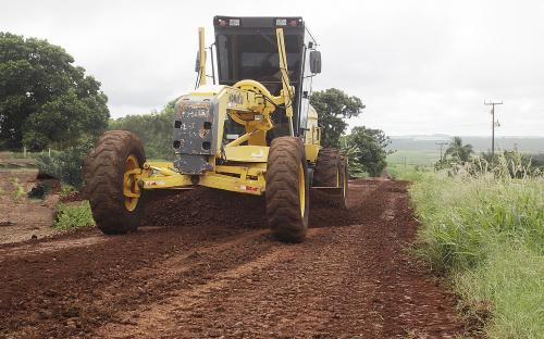 Secretaria de Infraestrutura Rural realiza intervenções nas estradas rurais