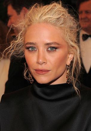 Mary Kate Olsen na Gala Met   Quando uma Mulher se Ama..