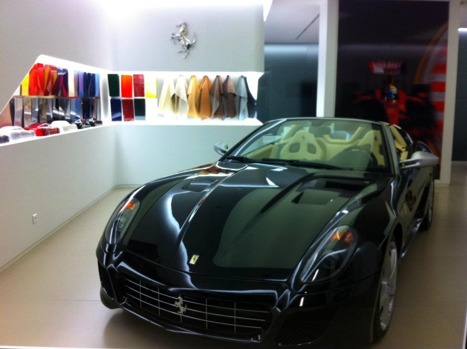 Jaguar Grand Hotel Hairpin