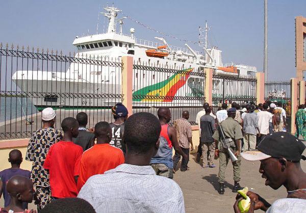 Tourisme, bateau, Ferry, Aline, Sitoé, Diatta, Casamance, Ziguinchor, embouchure, fleuve, vacances, voyage, LEUKSENEGAL, Sénégal, Dakar, Afrique