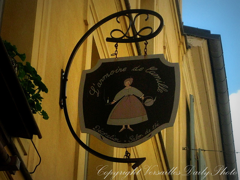 VersaillesDailyPhoto blog: Sign Series : enseigne IV : L ...