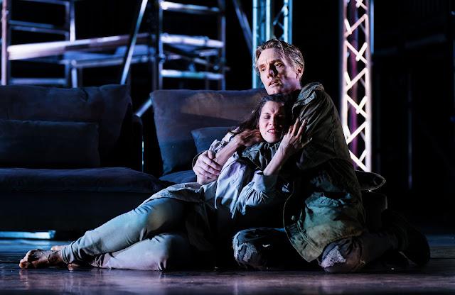 Wagner: Die Walküre - Natasha Jouhl, Finnur Bjarnason - Arcola Theatre's Grimeborn Festival at Hackney Empire  (Photo Alex Brenner)