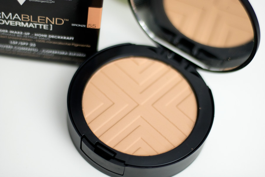 Compact Setting Powder by dermablend #9