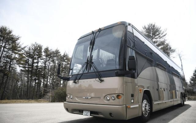 Prevost H3-45 VIP Bus