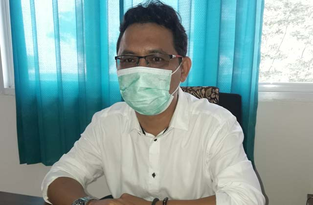 Sekel kelurahan Keranggan Kecamatan Setu Kota Tangerang Selatan Feerdian, SE saat ditemui LARAS POST di ruang kerjanya.