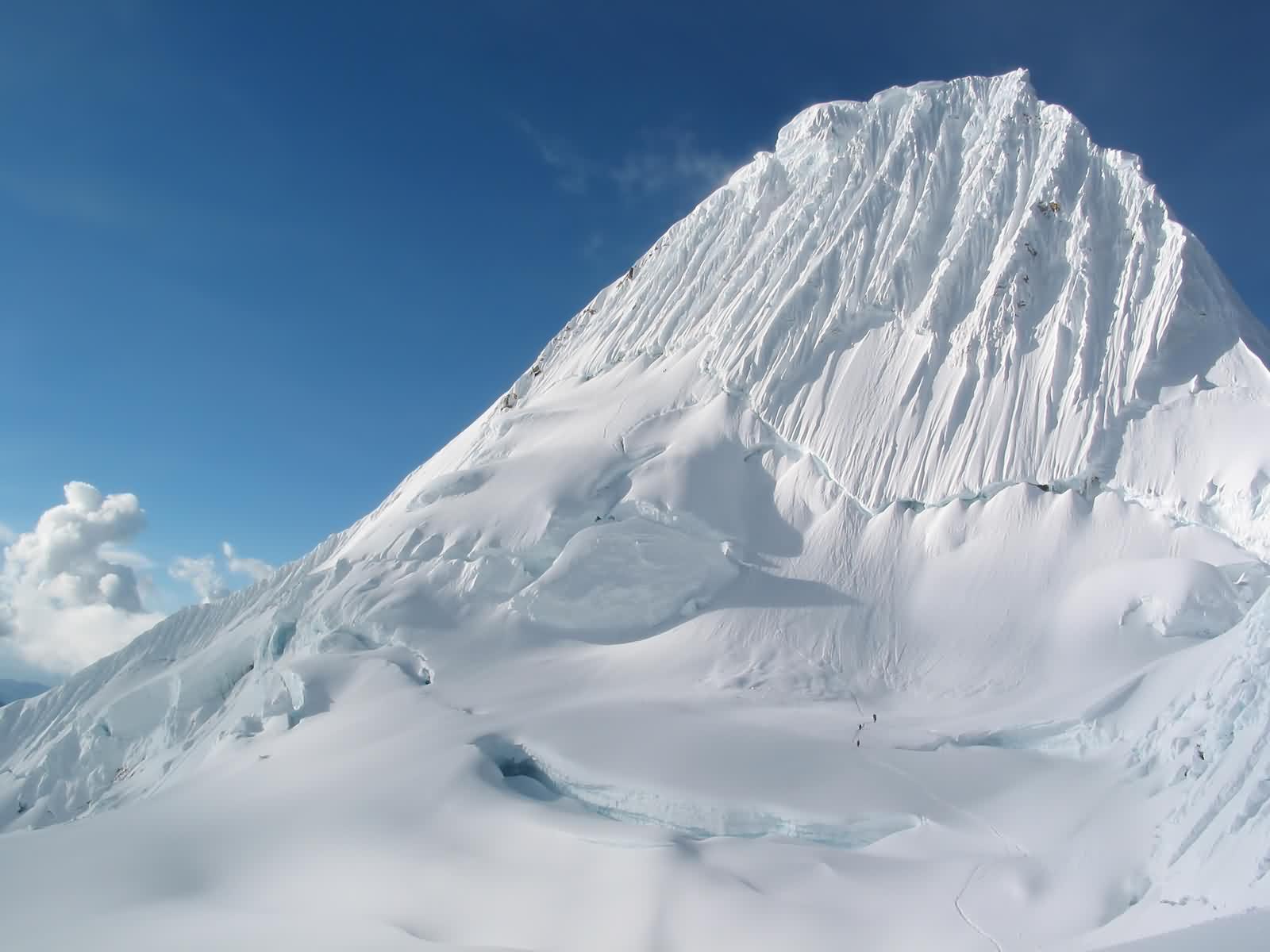 Mountain Background Wallpaper White Ice Mountain