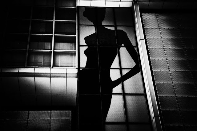 woman, silhouette, shadow, photography, black and white