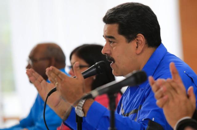 Maduro informó que para asumir la nómina por 90 días las empresas y comercios deben registrarse en el Sistema Patria