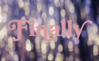 belasan banyak artis mulai mengeluarkan lagu Lirik Lagu Finally // Beautiful Stranger Halsey Terjemahan dan Artinya