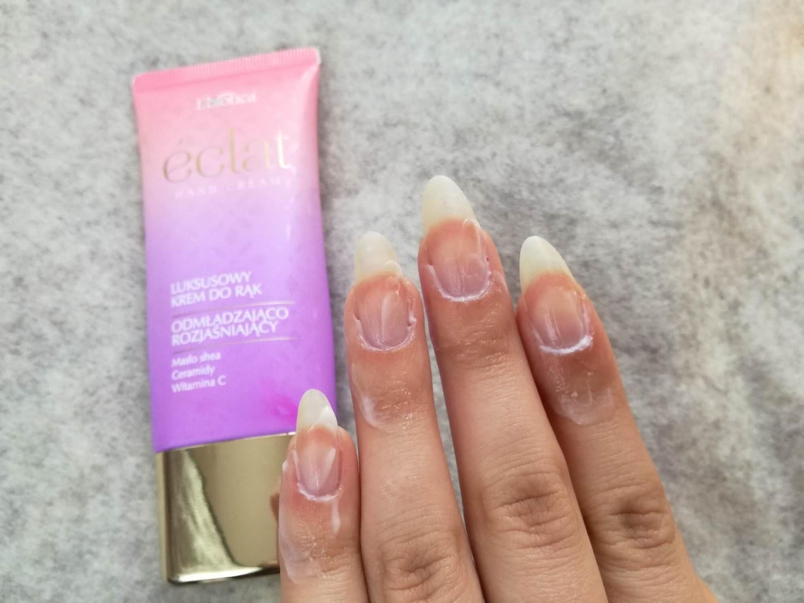 masaż skórek paznokci