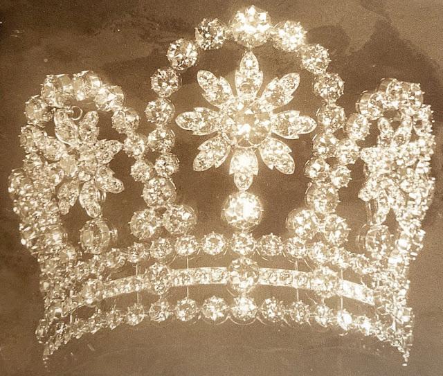 diamond floral tiara queen elena italy savoy musy