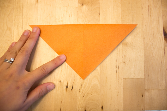 How to Fold Origami Fox Finger Puppets with Kids AND an awesome fall fox-themed book list