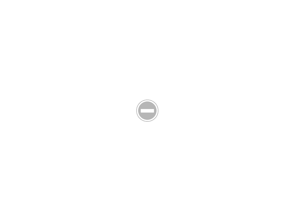 ร้าน Honda Power Product ผนังโชว์สินค้า