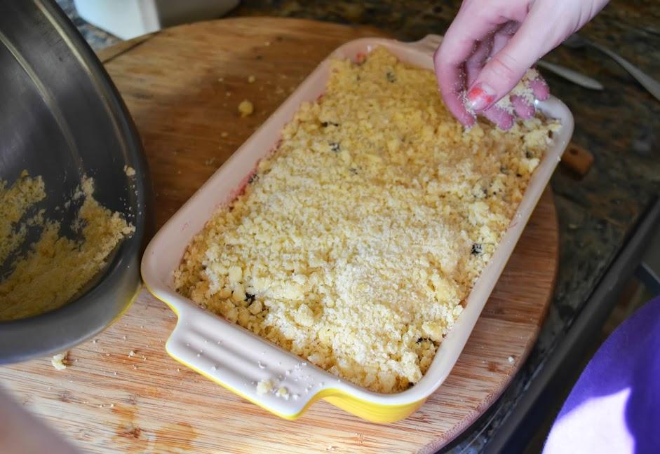 Blackberry-Cobbler-Recipe-Cover-Berries-Crumb-Mixture.jpg