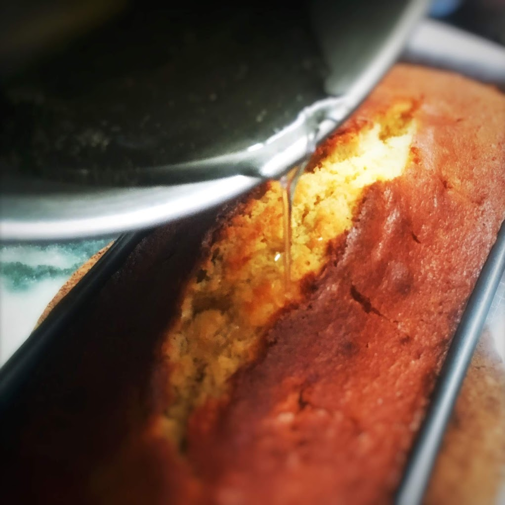 lemon drizzle, lemon, cake, pound cake, recipe, moist, lemon zest, sugar syrup, best pound cake