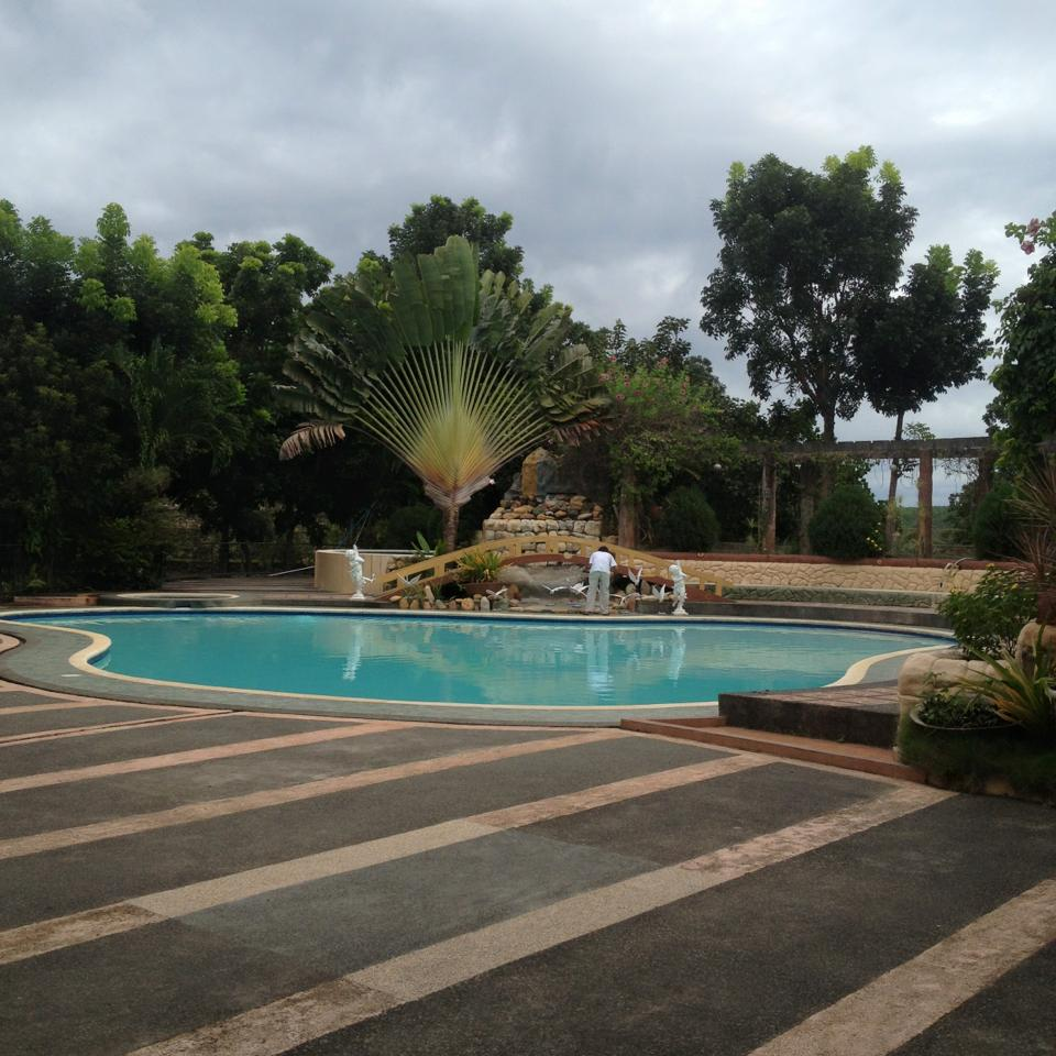 Swimming pool at Senen's Mountain Resort