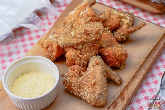 Garlic Parmesan Fried Chicken Wings Recipe