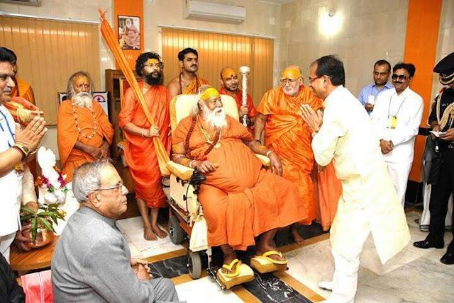 आखिर क्यों हमारे शंकराचार्य BJP, RSS , VHP आदि का विरोध करते है ?