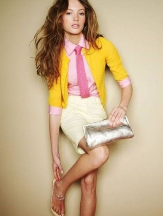 Fresh and bright outfit with yellow cardigan, pink shirt and tie for Clear Spring women