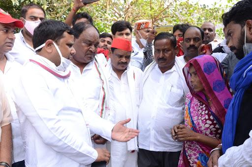 बाराबंकी : एमएलसी राजेश कुमार ने योगी सरकार साधा निशाना, कहा उत्तर प्रदेश बना अपराध का गढ़