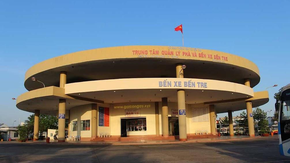 Trung tâm quản lý phà và bến xe Bến Tre