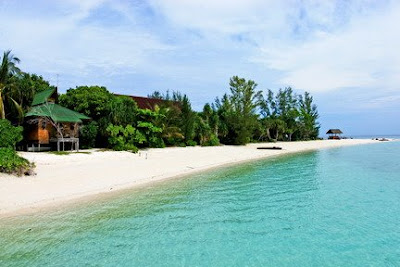 Hit the Malaysia's Beaches: Lankayan Island