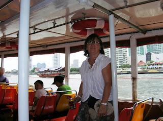 Río Chao Phraya, Bangkok, Tailandia, Tahilandia, vuelta al mundo, round the world, La vuelta al mundo de Asun y Ricardo