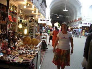 Tiendas de artesanía, Nueva Delhi, New Delhi, India, vuelta al mundo, round the world, La vuelta al mundo de Asun y Ricardo