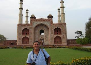 Tumba deAkbar, Sikandra, India, vuelta al mundo, round the world, La vuelta al mundo de Asun y Ricardo