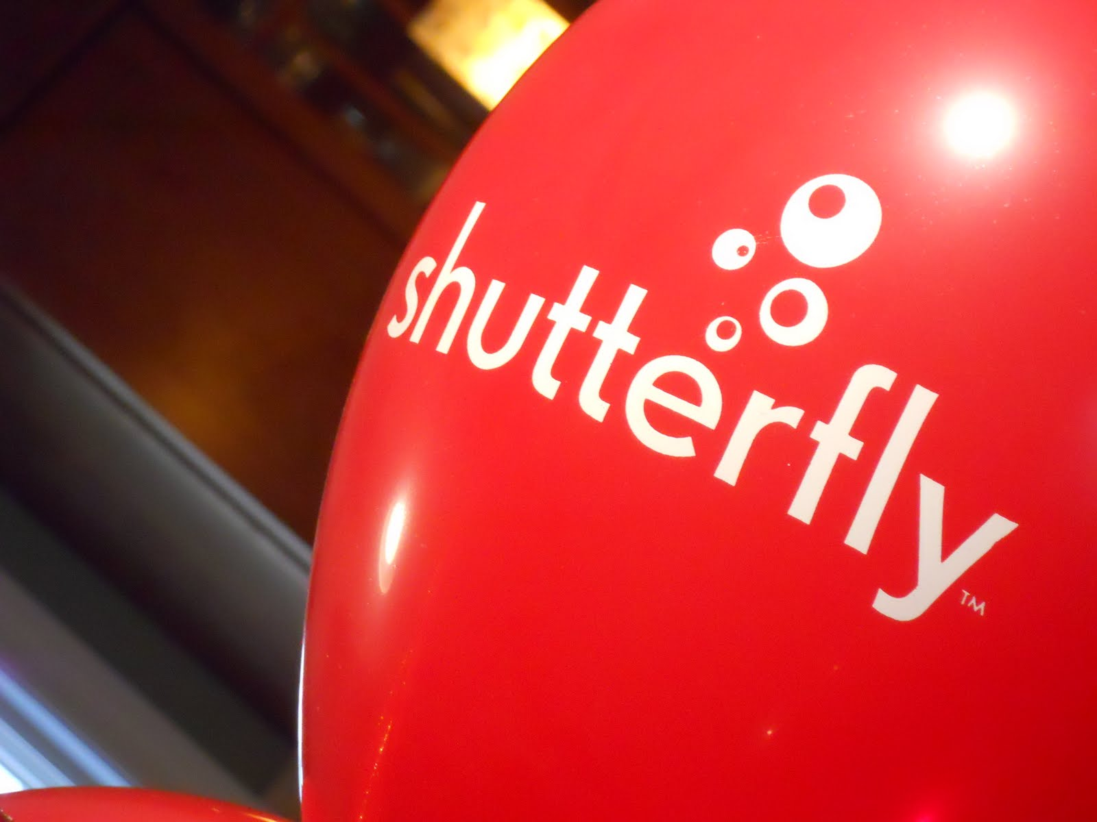 The latest Tweets from Shutterfly (@Shutterfly). Official Shutterfly page. Turn the photos you love into award-winning photo books, meaningful cards, imaginative photo gifts, home decor and so much more. Redwood City, CAAccount Status: Verified.