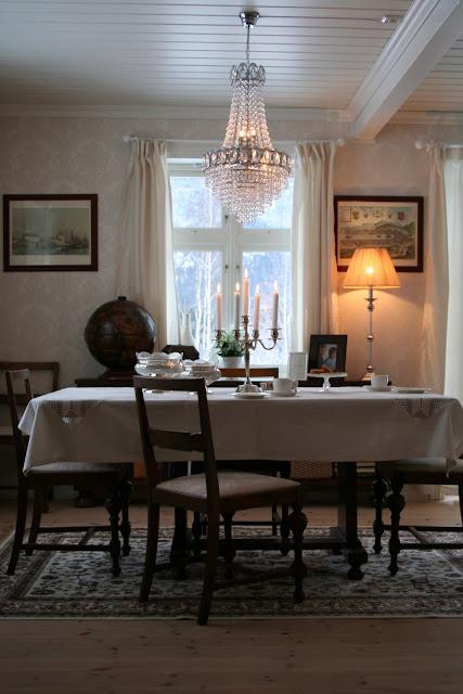 den lille g rden. Black Bedroom Furniture Sets. Home Design Ideas