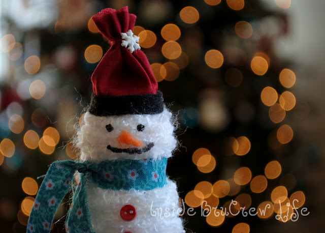 Yarn Snowman made with wooden spools