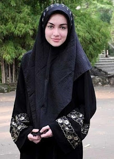 Riyanti Cathwrith Busana Muslim Cantik- Muslim Fashion