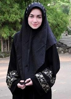Riyanti Cathwrith Busana Muslim Cantik- Muslim Fashion