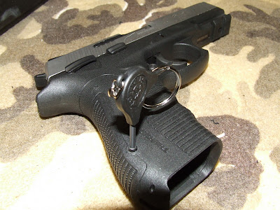 Huey's Gunsight: Taurus PT845  45 ACP