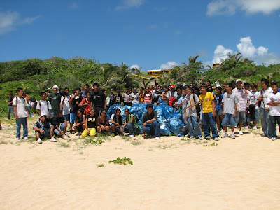 Hopwood Junior High School Students at Tank Beach