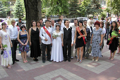 what to wear for a russian wedding