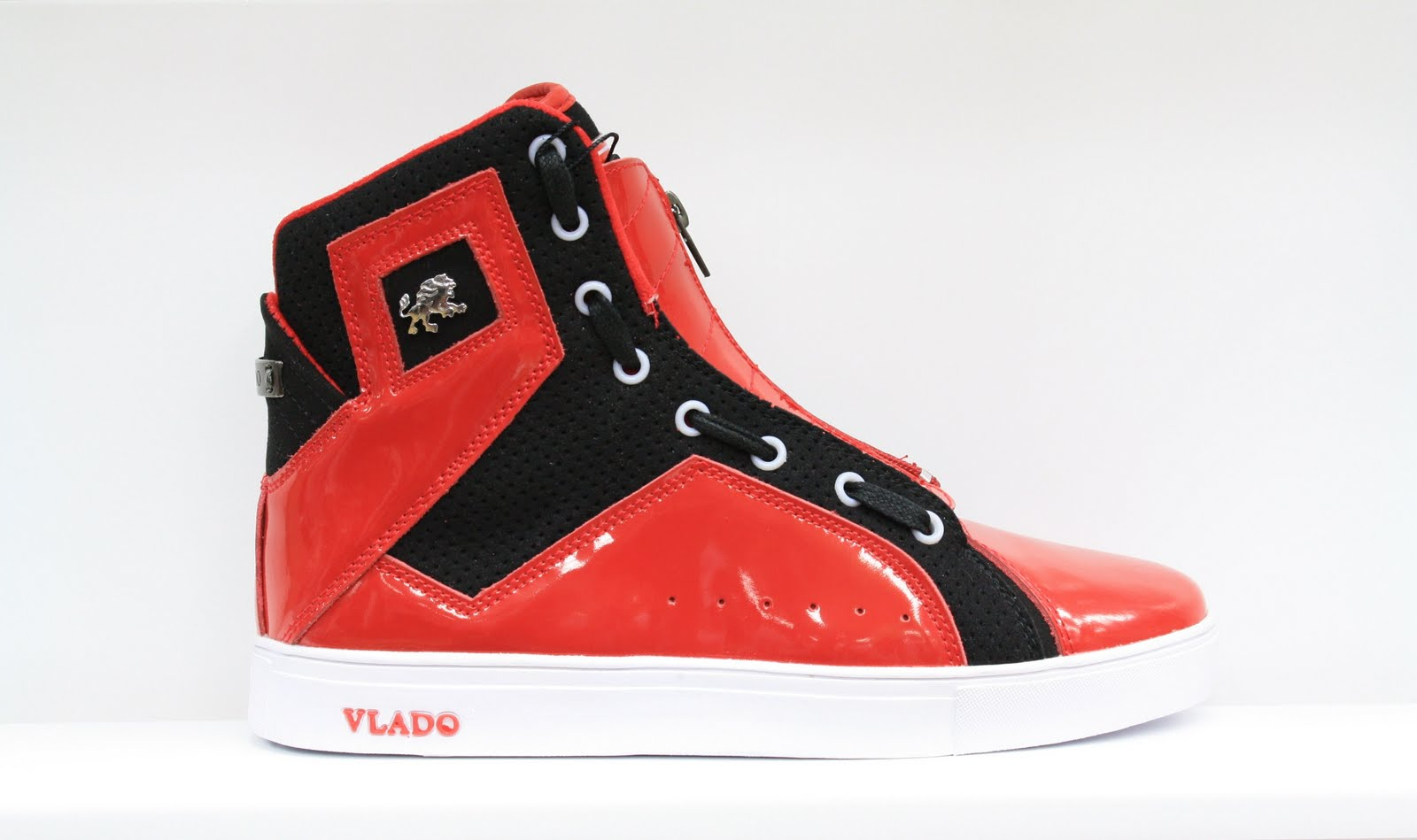 Dr jays stores new vlado sneakers available in drjays stores for 111 8th ave 7th floor new york ny 10011