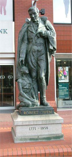 [250px-Robert_Owen_statue_-_Manchester_-_April_11_2005.jpe]