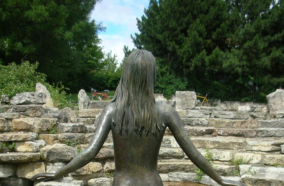 Doax nudepics Nude Photos