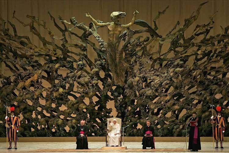 NWO a Satanic Cult PapalThrone